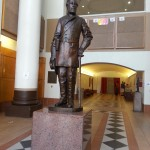 Life-sized bronze of Robert E. Lee